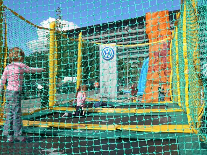 trampolin mieten in berlin trampolin im verleih trampolin berlin mieten. Black Bedroom Furniture Sets. Home Design Ideas