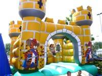 Bouncy Ritterburg (yellow)
